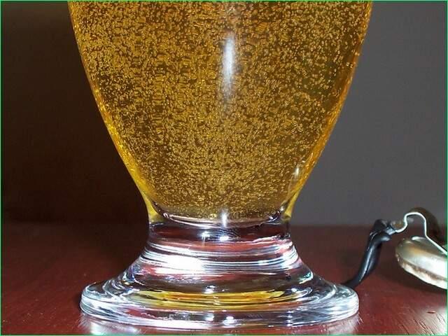 Простейшие коктейли: водка плюс пиво равно Ерш